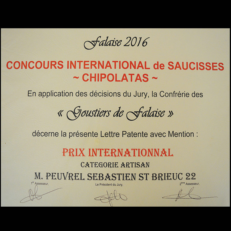 Prix international pour la saucisse nature Au fil du Couteau