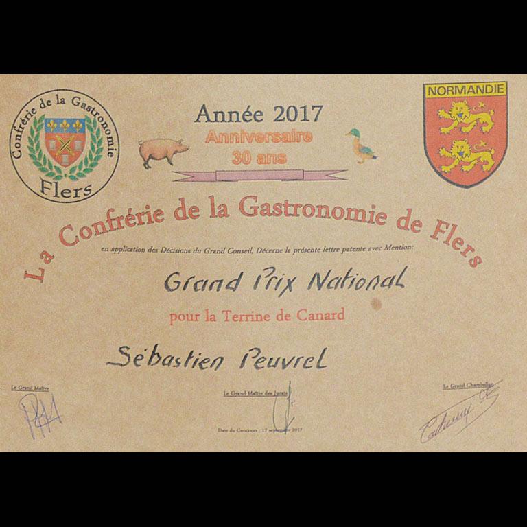 Au Fil du Couteau a reçu un grand prix National pour sa Terrine de Canard