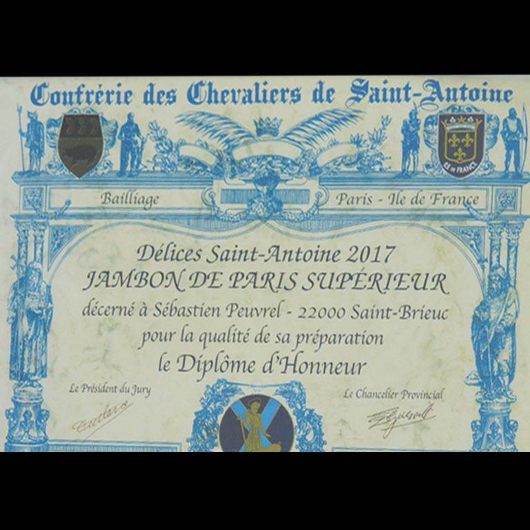 Au Fil du Couteau a reçu un diplôme d'honneur pour son jambon de Paris