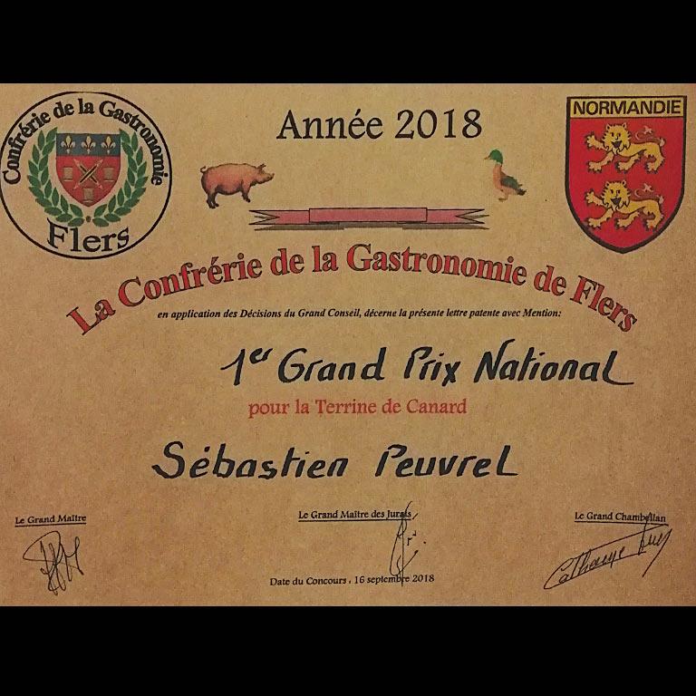 Au fil du couteau a reçu 2er Grand Prix National à Flers pour sa terrine de canard